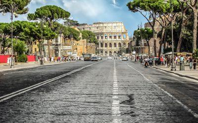 Luglio: quando le strade a Roma diventano grandi…